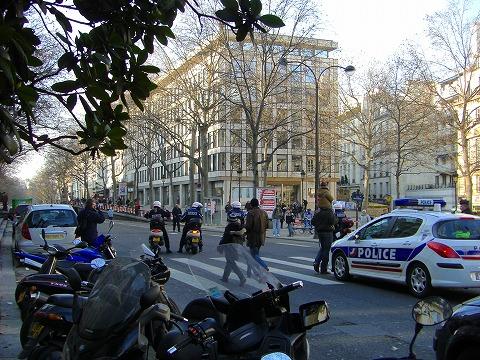 先導する警察|マニフェスタシオン2009.01.29