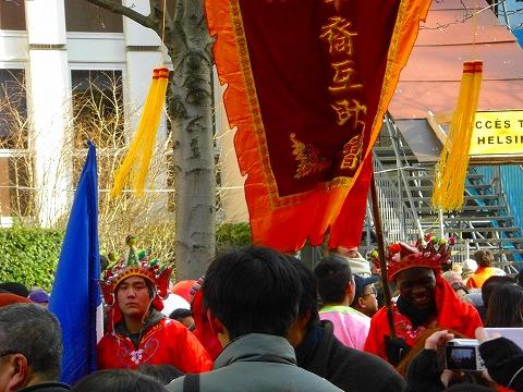 フランス人も参加します|2009年2月1日パリ13区(中国人街)の旧正月