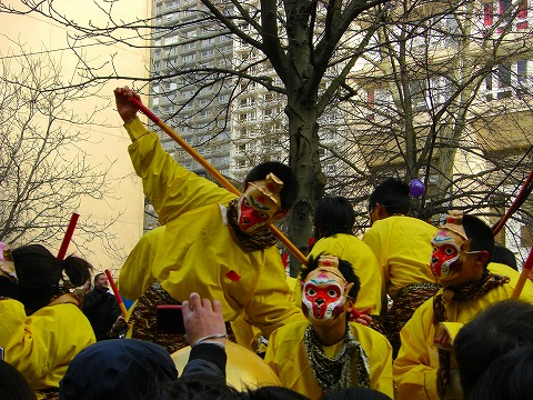 申も登場|2009年2月1日パリ13区(中国人街)の旧正月
