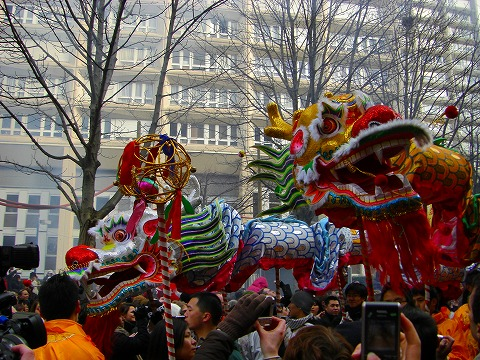 ドラゴン|2009年2月1日パリ13区(中国人街)の旧正月