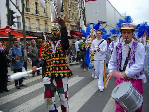 パリのカーニバル(仮装行列)@ガンベッタ
